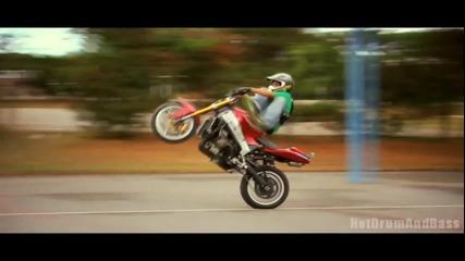 Camo & Krooked - Watch It Burn (ft. Ayah Marar)