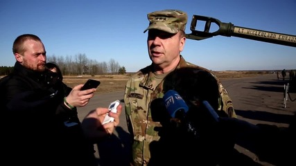Lithuania: US General Hodges oversees NATO military drills in Rukla