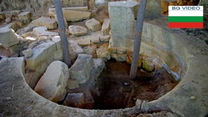 Край Гагово - двойна тракийска гробница на 2300 години