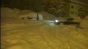Затрупано със сняг Audi A6 quattro