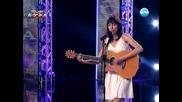 Момиче се разплака на сцената на X - Factor България ( Страхотен талант ) 16.09.11