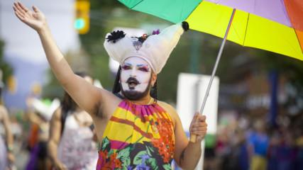 Изправителна терапия за гейове? Псевдо наука или работещ метод?