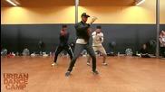 Страхотен синхрон на момчета, които танцуват като едно! Шоу!