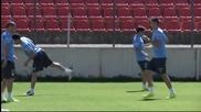 Луис Суарес надъха Уругвай