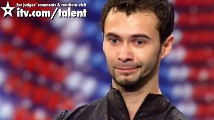 Румънски пич танцува зашеметяващо Матрицата