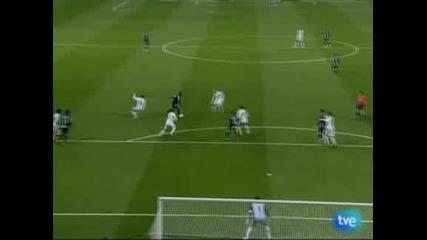 """""""Реал"""" (Мадрид) размаза """"Малага"""" със 7:0, Роналдо с хеттрик"""