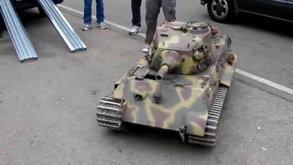 Производство на Русия Ausf. B мини танк