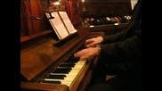 Pavlin Panev solely piano