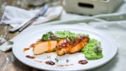 Пилешко филе със сос Гарстик и пюре от грах | Бон Апети | 24Kitchen Bulgaria.