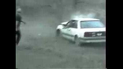 Екстремен Скок с Mazda се Проваля !!! (смях)