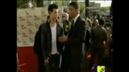 Taylor Lautner Mtv Movie Awards Red Carpet