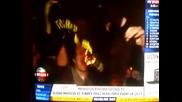 Фенове на Ливърпул горят фланелки на Торес