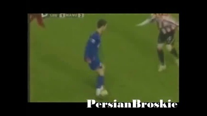 New Cristiano Ronaldo 2009 - Best moves tricks goals fights...
