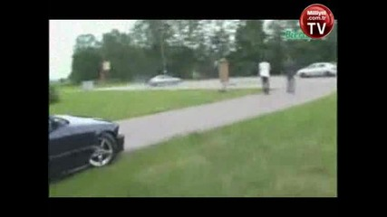 кой му краде колата
