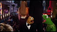 'waldorf & Statler' Bonus Clip - Muppets Most Wanted