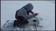 Рибар се шокира от зимният си улов !