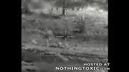 Терористи срещу хеликоптер Апачи