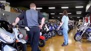 jackass 3d - магазина за мотори