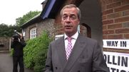 UK: Farage casts Brexit vote at his local polling station