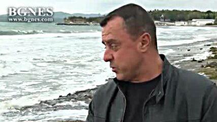 Бурното море унищожи част от плажовете по Черноморието