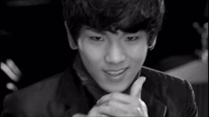 Shinee - W.o.w !!!