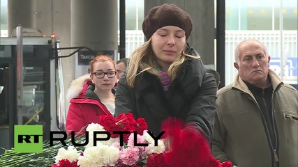 Russia: Emotional mourners honour flight 7K9268 victims at Pulkovo Airport