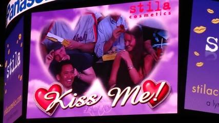 Селена и Джъстин екранна целувка .. ;;