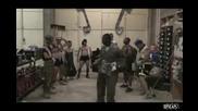 Войници в Афганистан танцуват на Telephone