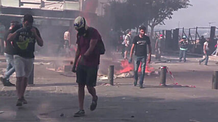 Lebanon: Scores injured as Beirut protests turn violent