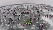 Най-големият благотворителен конкурс в света за леден риболов