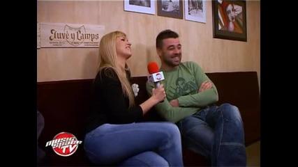 Китаристът Георги Янев готви проекти с Av и Мария Илиева