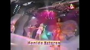 Spice Girls - Say You`ll Be There & Wannabe(live at Siempre Domingo)