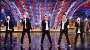 Младежи пеят невероятно във Великобритания търси талант