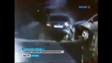 Луда Шофьорка :) Lexus,каран от рускиня потроши 5 автомобила