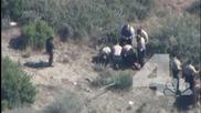 Снимаха от въздуха 11 полицаи, жестоко налагащи беглец с кон