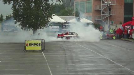 Александър Язов и Али Шакрун - дрифт и бърнаут на паркинга на Интер Експо Център