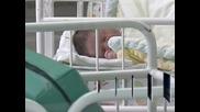 """Първото бебе за 2013 година в АГ болница """"Шейново"""" се роди в 9.20 часа на 1 януари"""