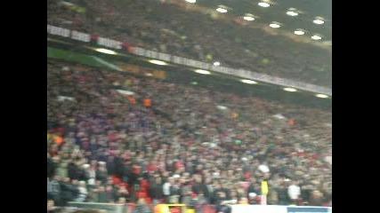74 242 зрители на Олд Трафорд