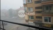 """От """"Моята новина"""": Дъждът повлече жена в Плевен"""