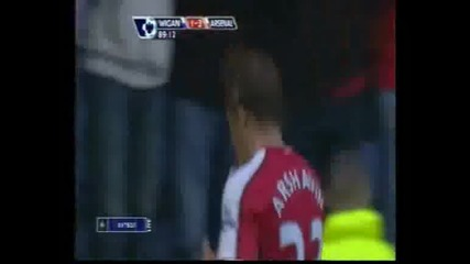 Wigan 1 - 3 Arsenal (arshavin)