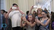 Let's Selfie: Michelle Obama Lifts White House Social Media Ban