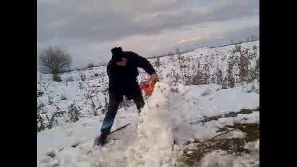 убиване на снежен човек