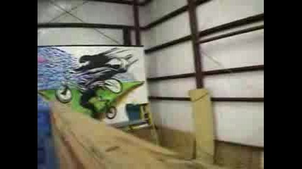 Mike Spinner 360 Triple Tailwhip