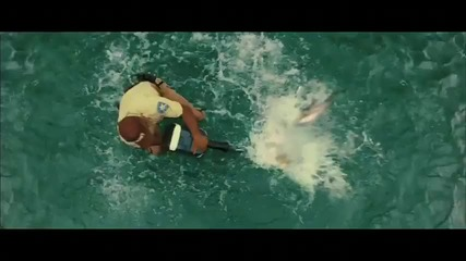 Piranha 3d Trailer Hd - 2010
