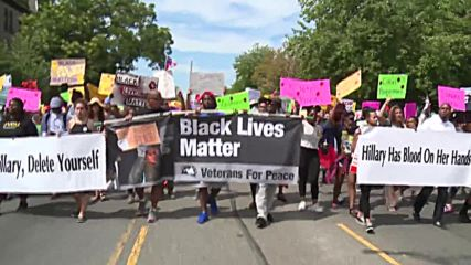 USA: BLM campaigners hold march in Philadelphia on second day of DNC