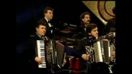 Vesna Zmijanac - Idi siroko ti polje - (mesam, 1988)
