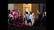 Деян Неделчев-подай Ръка- на запис.деян Раздава Автографи На Всички-2012