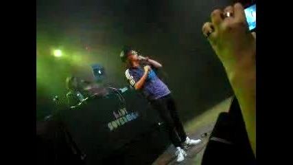 Lady Sovereign - I got you dancing Live