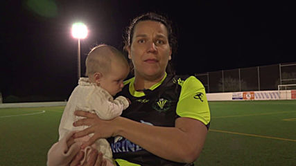 Spain: Footballer won't stop breastfeeding at training despite criticism