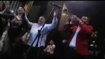 Agusevi Dzambo Orkestar i Sofi Marinova - Caje Shukarije 2014